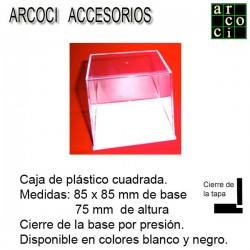 Caja de plástico 85 x 85 mm Base blanca