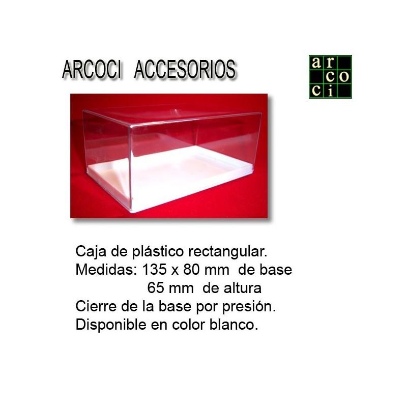 Caja de plástico 135 x 80 x 65