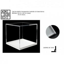 Caja de plástico 8,4 x 8,4